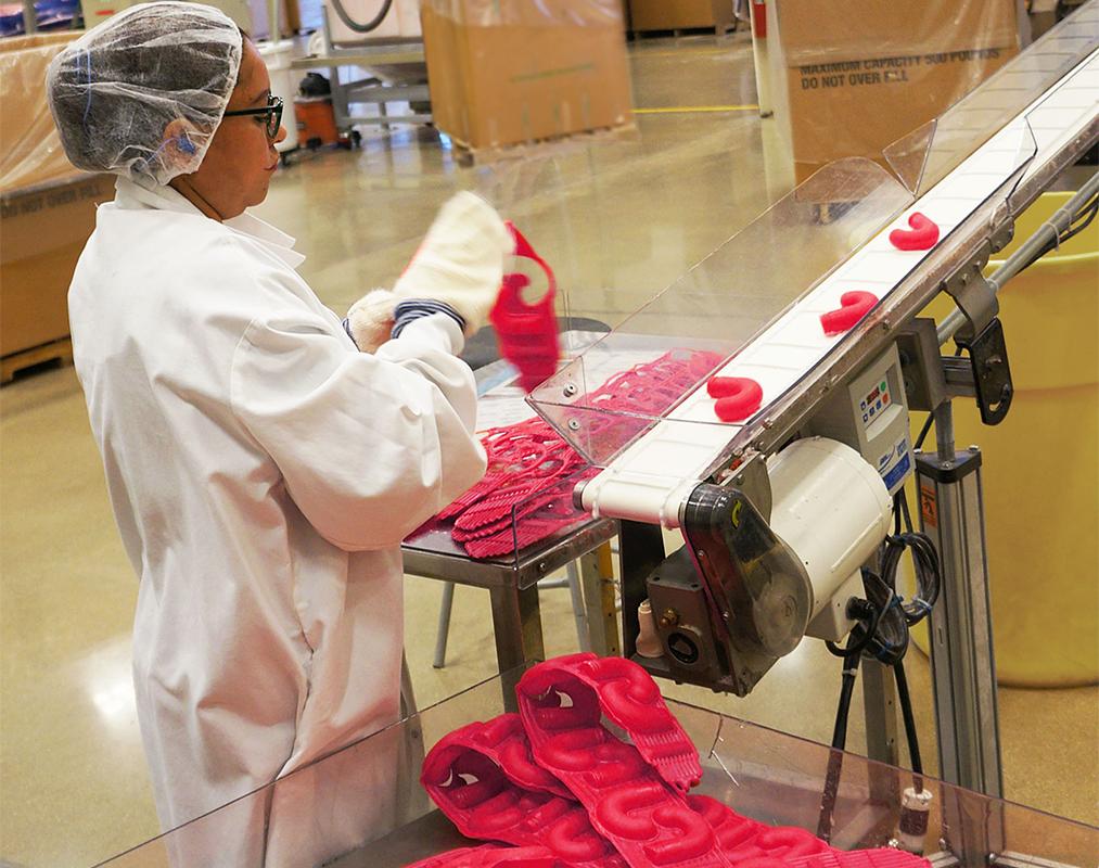 creative werks blow molding manufacturer